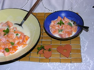 Papaya yogurt dessert