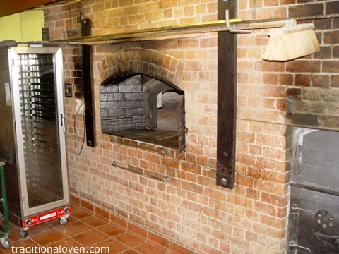 Maleny in Australia, large 1955 bakery brick oven.