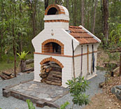 Masterly Tail wood fired pizza oven design.
