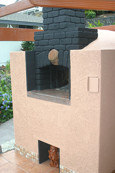 Dante pizza oven built in Hawaii.
