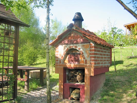 Fish smoker and garden oven project built in Poland.