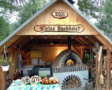 Pizza bread oven in Germany in little bake house Niclas.