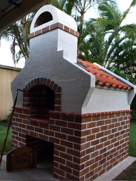 Masterly Tail oven MTo design version built by Rodger.
