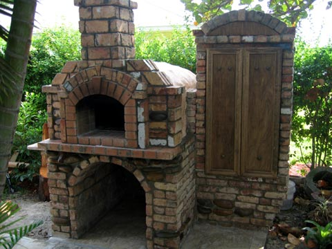 Wood oven with smoker box by Oliver Korber.