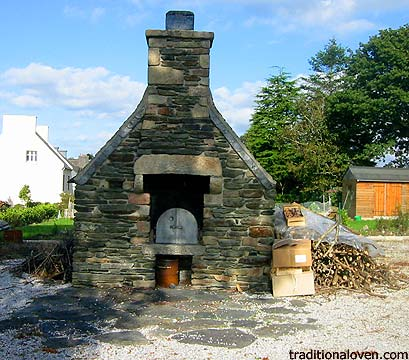 Picture from France Bread oven la Bretagne.