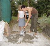 Making ovens out of refractory concrete mixture recipe.