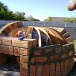 Round pizza oven building construction.