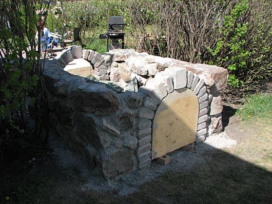 Cut Fieldstone Wall : Oven walls from re used cut field stone