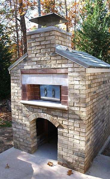 The brick oven built by Jim in Loudon - Tennessee