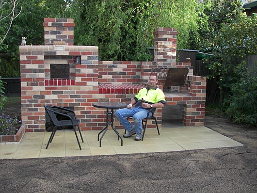 Fabulous Outdoor Brick Pizza Oven and Grill 530 x 398 · 68 kB · jpeg