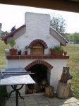 Pizza oven from Xenia, Ohio. Nice sitting, paved ground and surrouning.