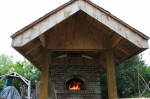 Large roof for outdoor oven