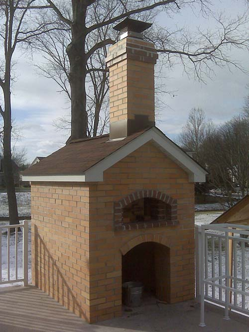 Oven completed. Oven photographed in winter.