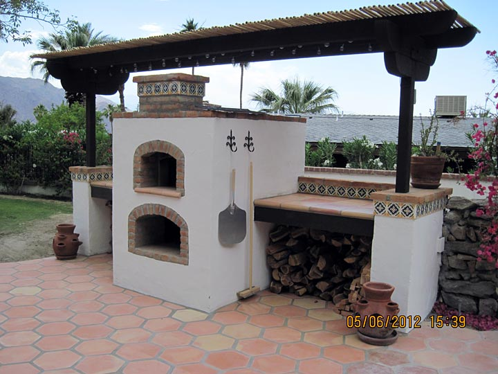 Wood Burning Oven With Gas Fireplace Underneath